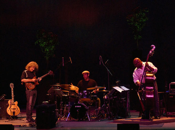 Pat Metheny, Antonio Sanchez, Christian McBride, Santa Fe, NM 2008